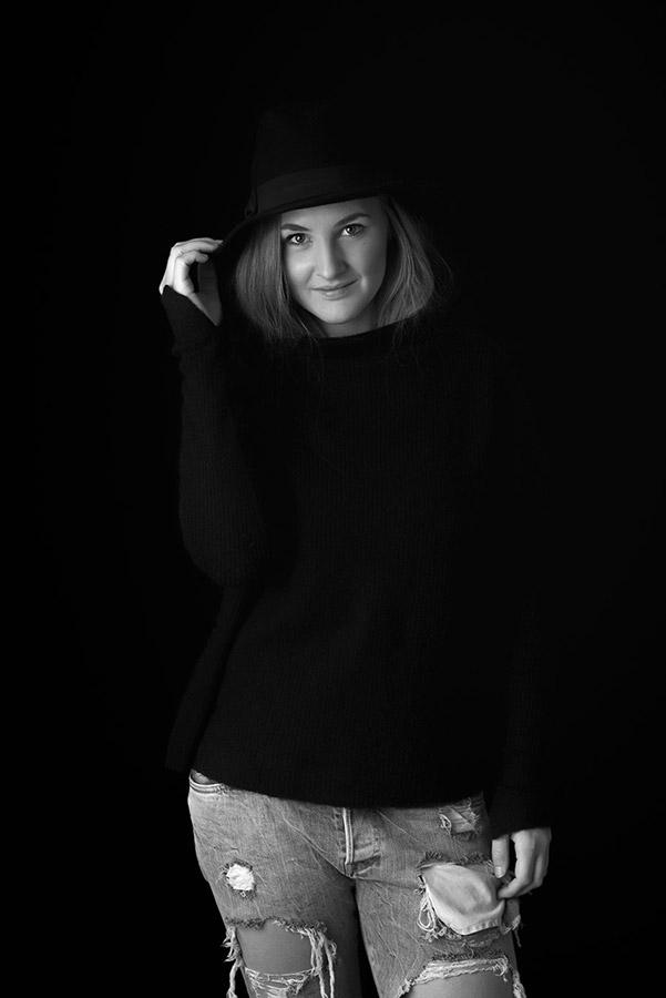 rika-studio-portrait