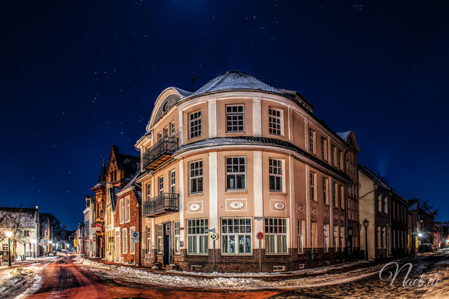 leer-altstadt-clear-night