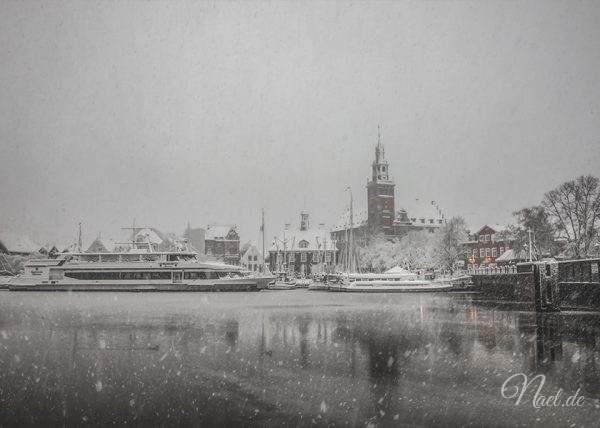 rathaus-leer-snow