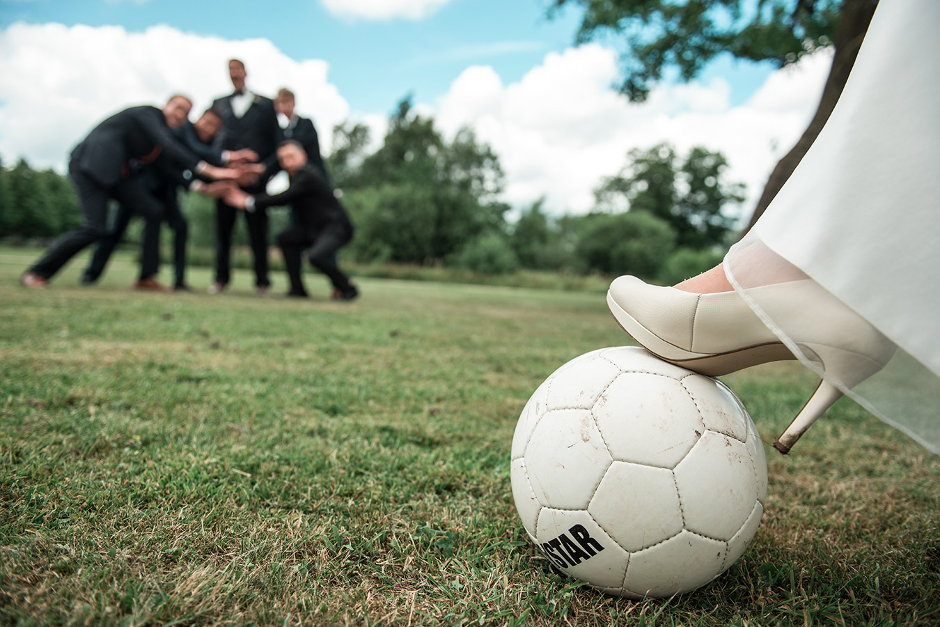 football-wedding-session