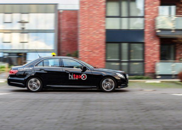 hitax-driving-taxi-2